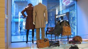 Como Decorar Vitrine de Loja de Roupas em Lojas de Shopping