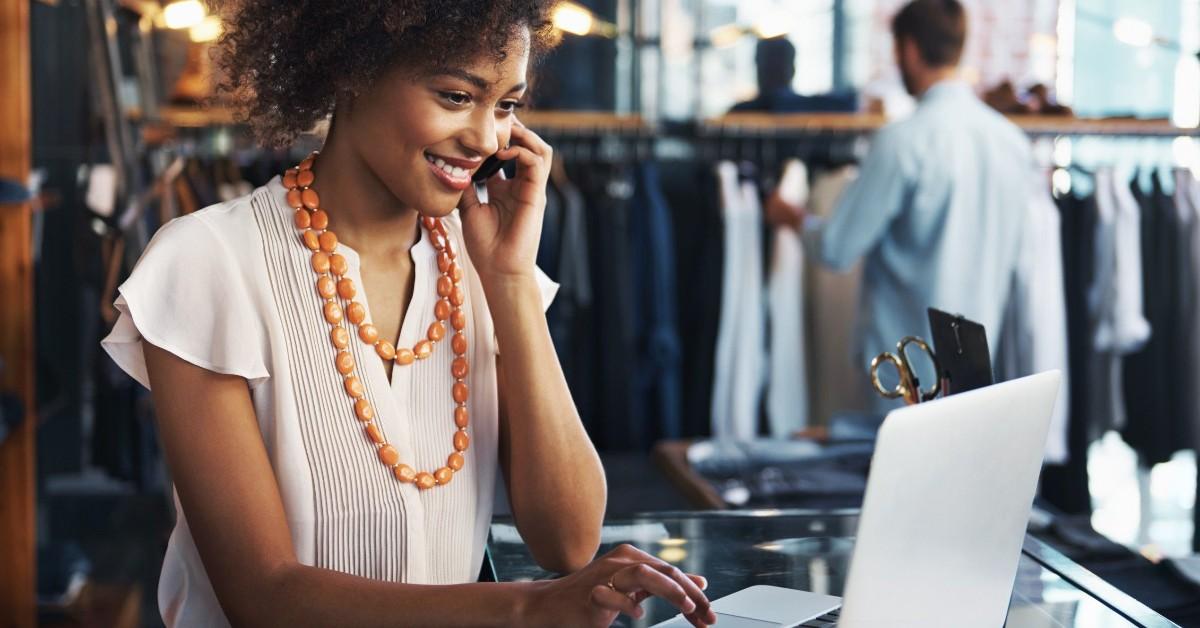 programas para gerenciar lojas de roupas
