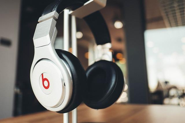 Por Que Contratar um Software para Rádio Indoor?