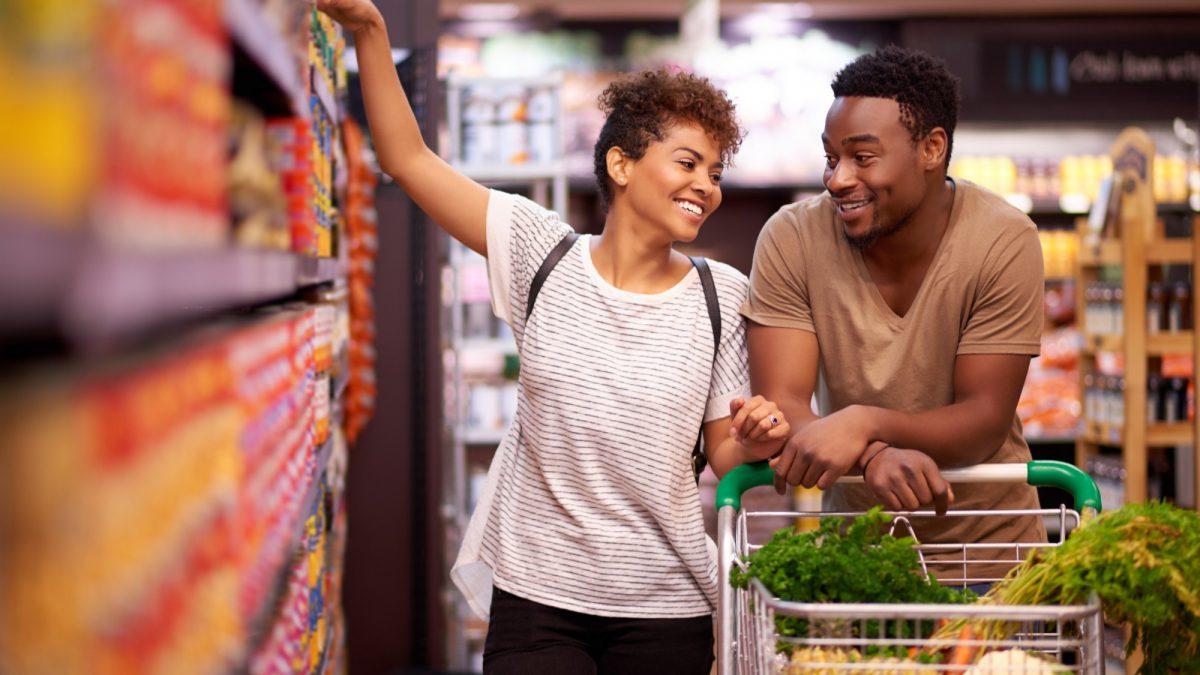rádio personalizada para supermercado vantagens